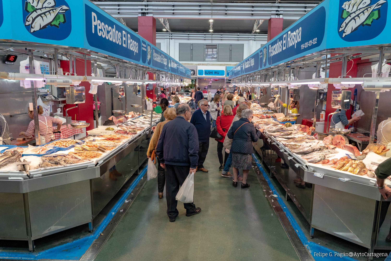 Pescaderías en el Mercado de Santa Florentina